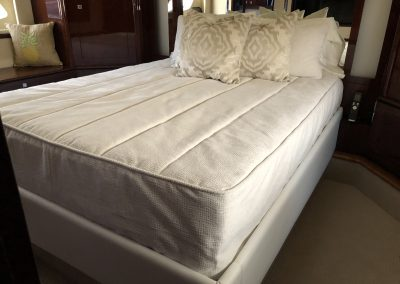 SeaRay550SundancerBedding