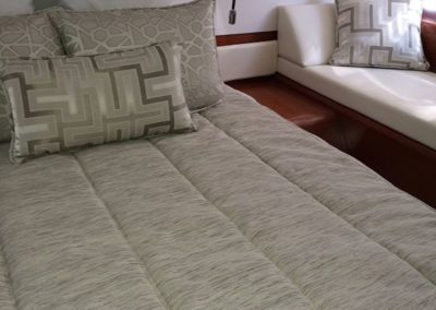 Beneteau GT44 Bedding