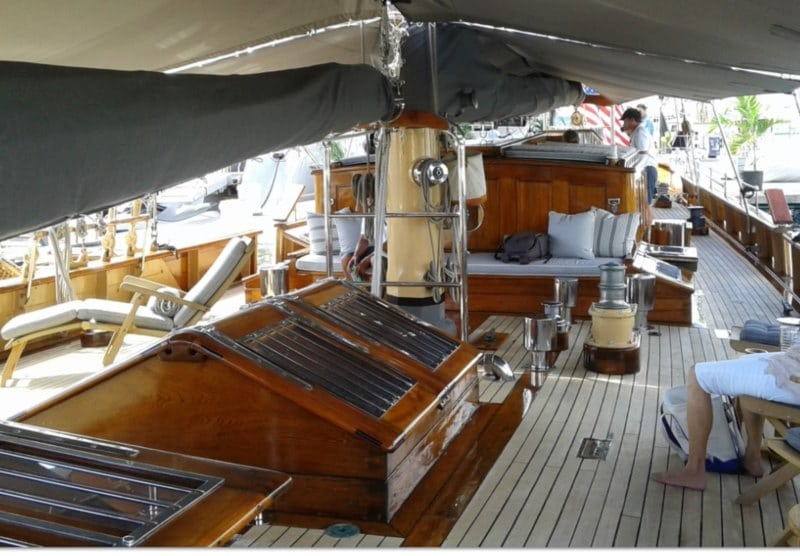 A special charter yacht: Classic beauty SY EROS