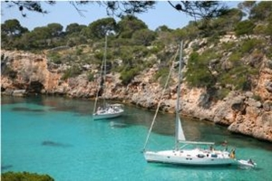 Sailing in Spain - Bay in Majorca