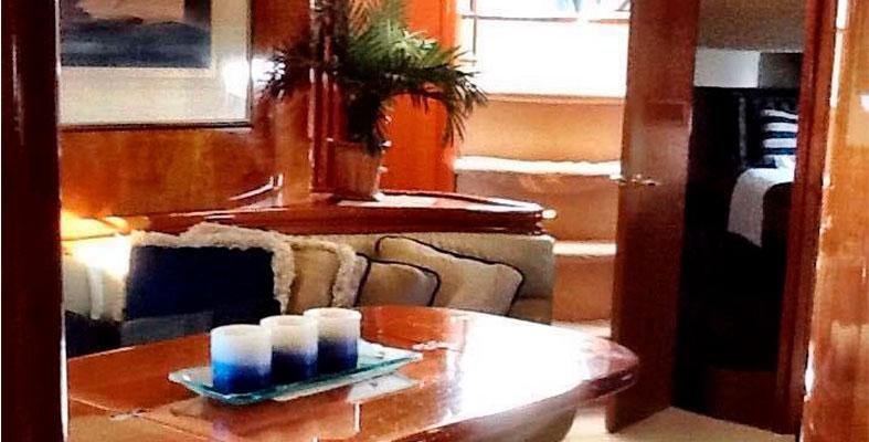 Retna de yates en Cancun Sunseeker de 60 pies