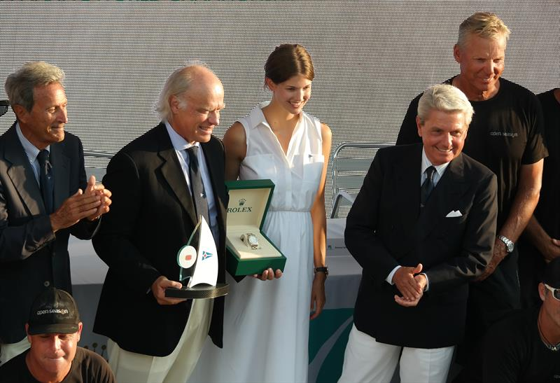 Thomas Bscher Accepts The Wally Class Prize With Princess