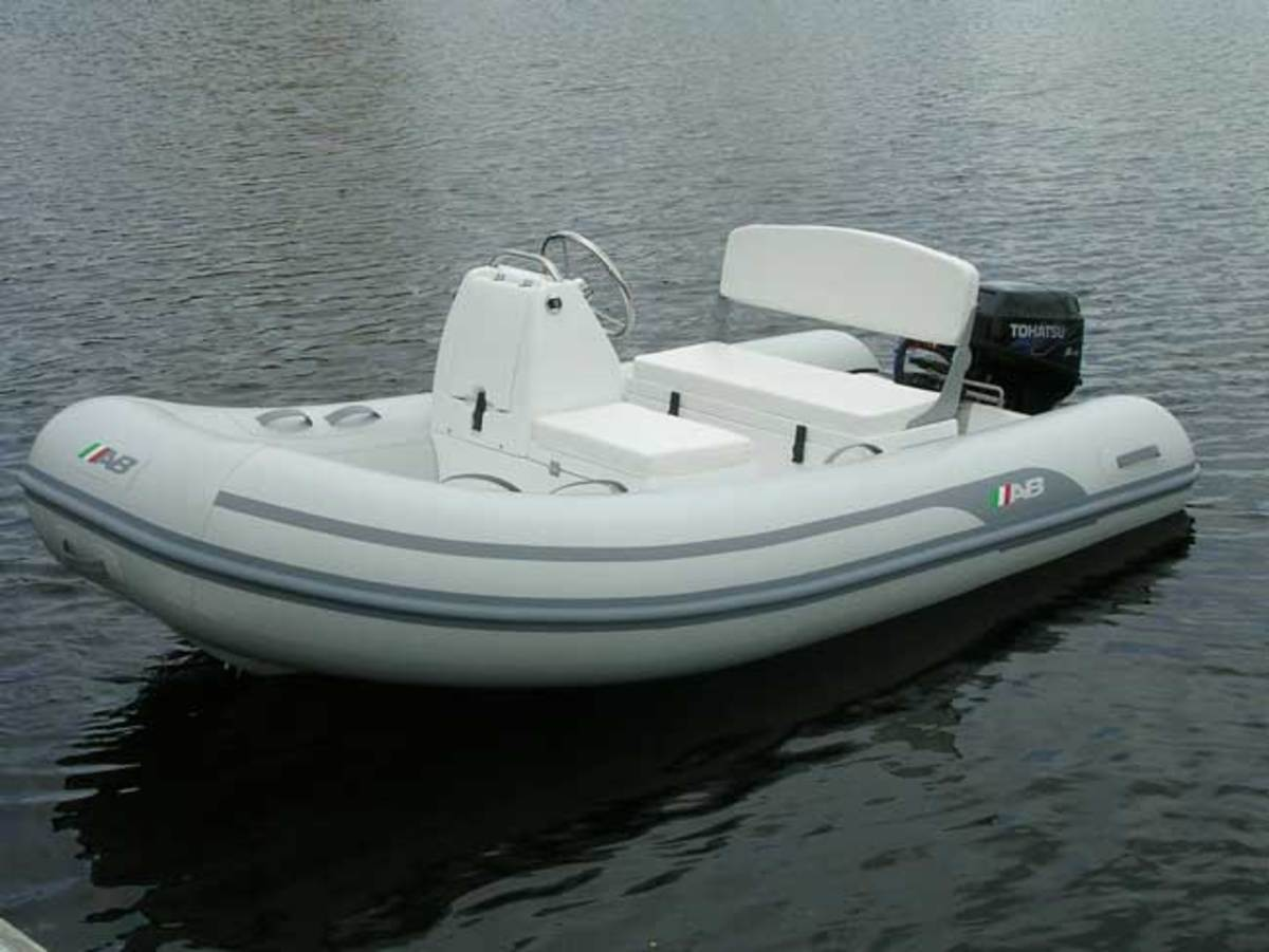 AB Inflatables Lightweight Center Console Yachts