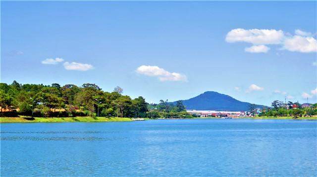 Vietnam Dalat lac Xuân Hu'o'ng