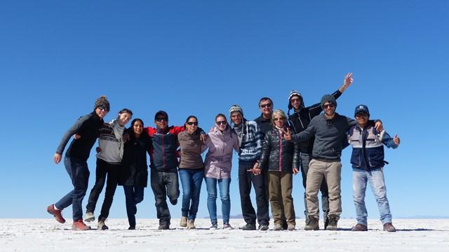 Bolivie Salar de Uyuni groupe