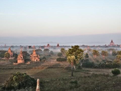 Myanmar Bagan lever de soleil