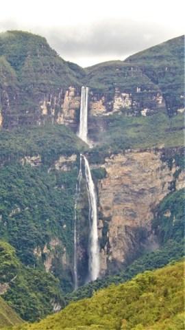 Pérou Chachapoyas chutes d'eau de Gocta