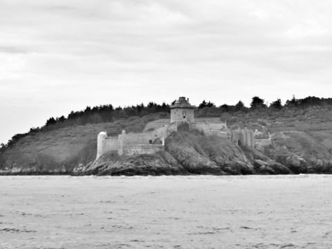 Stage de voile en Bretagne Fort La Fatte