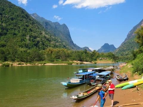 Laos Muang Ngoi bateau