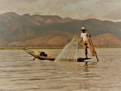 Myanmar Lac Inle pêcheur
