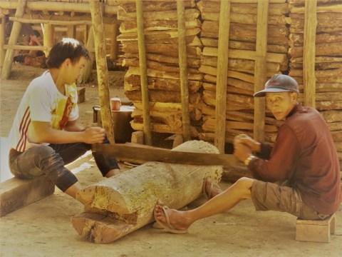 Laos Muang Ngoi village Huay Bo