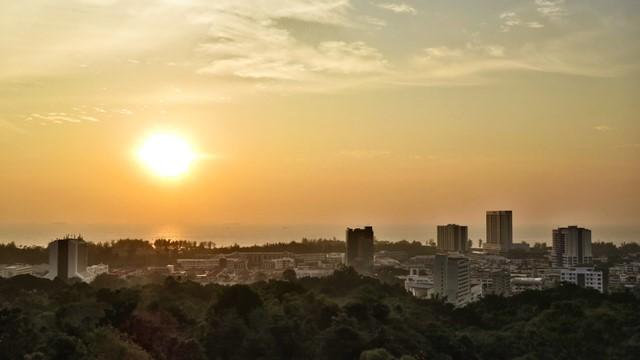 Bornéo Miri coucher de soleil