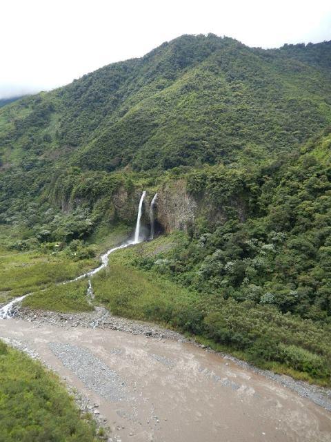 Equateur Banos route des cascades