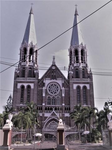 Myanmar Yangon cathédrale