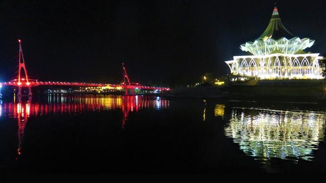 Bornéo Kuching riveside