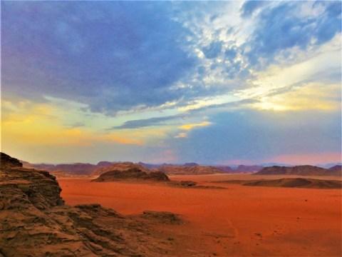 Jordanie désert Wadi Rum coucher de soleil