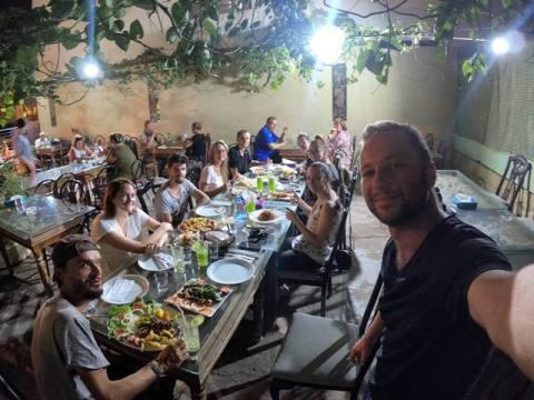 Jordanie Aqaba restaurant Les Gros Sacs