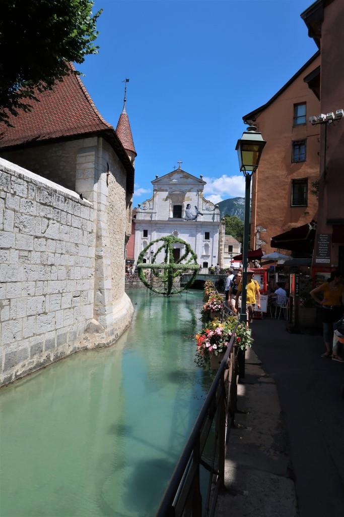 Annecy vieille ville prison église