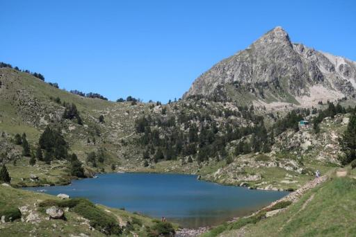 Tour Néouvielle Lac Milieu Bastan