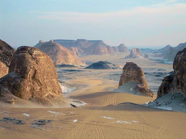 El Aqabat in Egypt's Western Desert