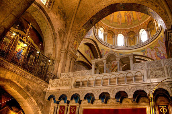 Holy Sepulchre Church, Jerusalem, photo by Noam Chen, courtesy of Israel Ministry of Tourism