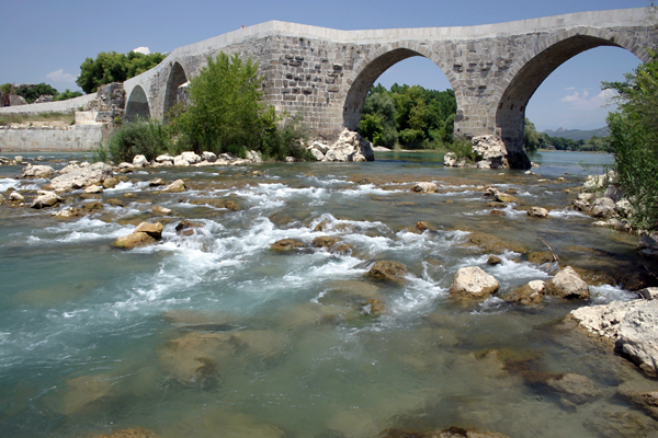 Roman-Seljuk bridge over the Eurymedon River, Aspendos, Turkey