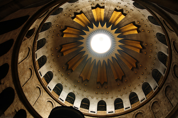 Church of the Holy Sepulchre, photo by Noam Chen, courtesy of Israel Ministry of Tourism