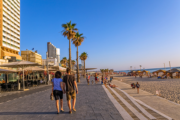 Tel Aviv beachside promenade