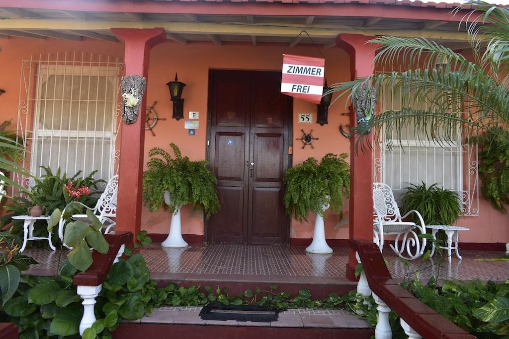 Main entrance Casa Particular Trinidad