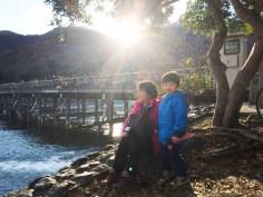 靠近嵐山大街的河堤,景色也不錯喔。我們在這裡也閒逛了一會。