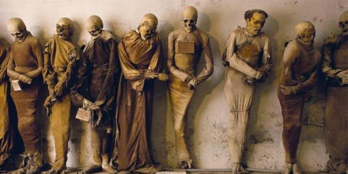 mumya mezarlığı - capuchin catacombs