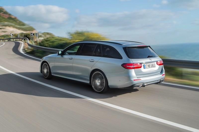 Mercedes Clase E con sistema de conducción semi autónoma