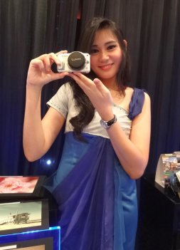 lumix lady 3