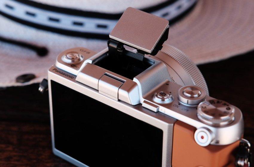 Panasonic Lumix DMC-GF8-5