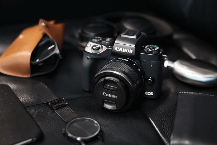 Review Canon EOS M5: Kamera Mirrorless Tercanggih Canon 1