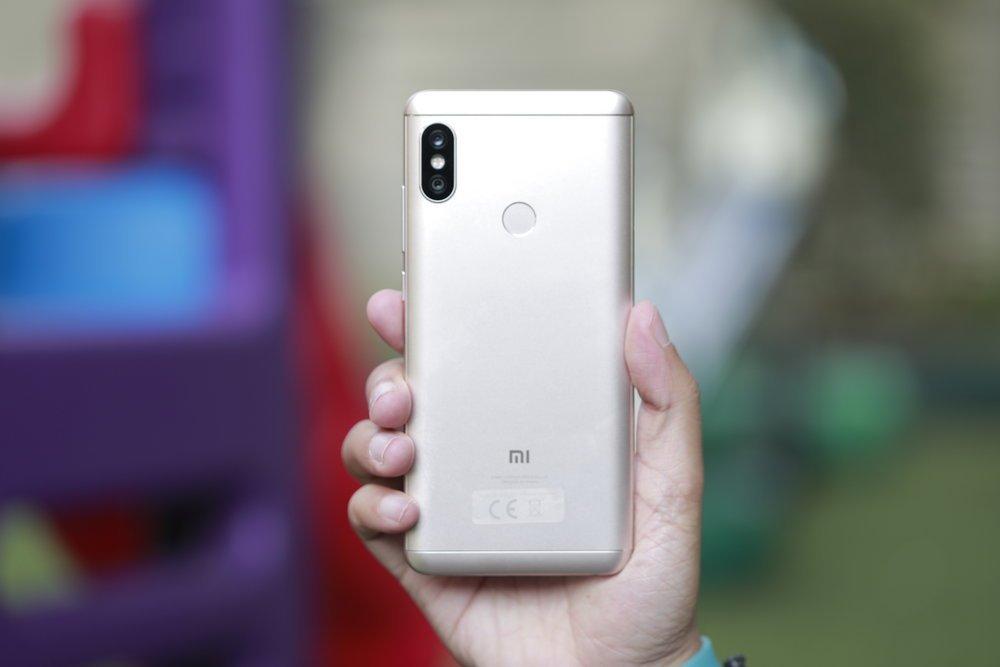 Inilah Kelebihan dan Kekurangan Xiaomi Redmi Note 5 - YANGCANGGIH.COM cfd0d2801c