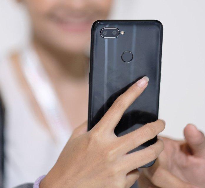 Berminat Membeli Realme 2 Pro? Simak Dulu Kelebihan dan Kekurangannya 1