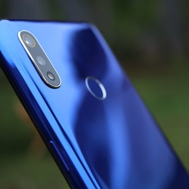 Realme 3 blue samping