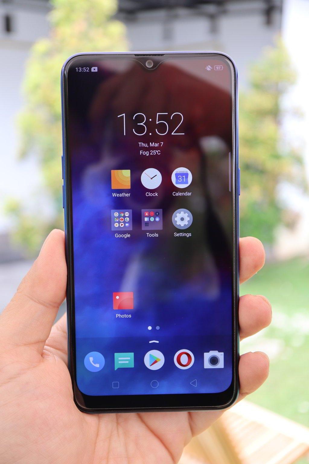 Hands On Kesan Pertama Mencoba Realme 3 Yangcanggih Com