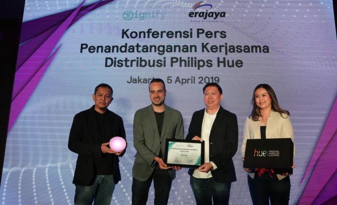 Lampu Canggih, Philips Hue, Kini Bisa Dibeli di Jaringan Distribusi Erajaya