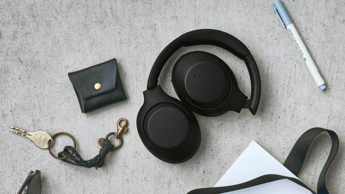 Sony WH XB900N 1