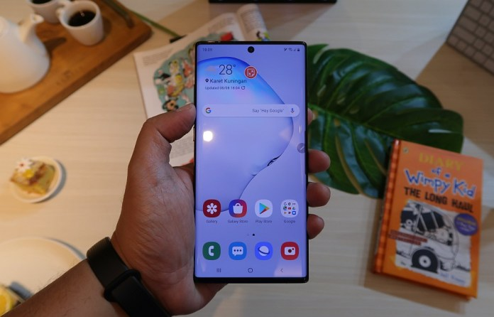 [Hands-On] Kesan Pertama Menggenggam Samsung Galaxy Note10 dan Galaxy Note10+ 3