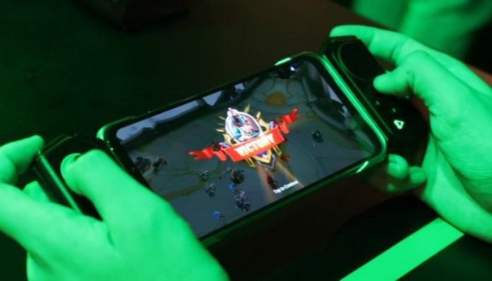 [Hands-On] Kesan Pertama Menggenggam Ponsel Gaming Black Shark 2 Pro 5