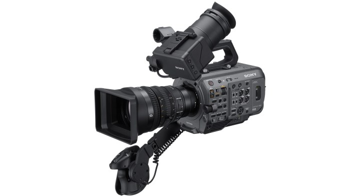 Sony FX9: Kamera XDCAM dengan Sensor 6K dan E-Mount