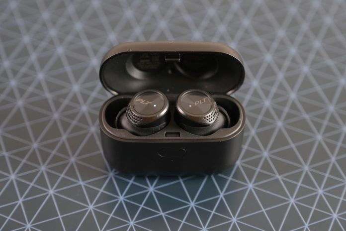 Review Plantronics Backbeat Pro 5100: Earbuds Nirkabel dengan Kemampuan Isolasi Suara Jempolan 1