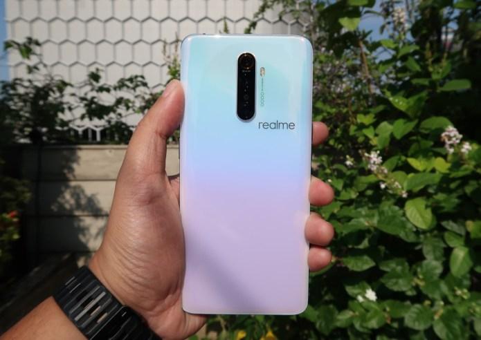 [Hands-On] Kesan Pertama Menggenggam realme X2 Pro, Smartphone dengan Layar Ultra Smooth 90Hz