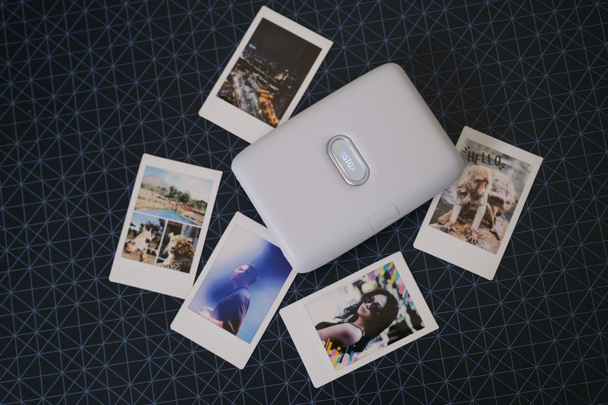 Review Fujifilm INSTAX Mini Link: Printer INSTAX Pertama Fujifilm dengan Sensor Gerak 11