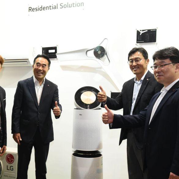 [CES 2020] LG Hadirkan Layar OLED Fleksibel untuk Hiburan Penumpang Pesawat 12