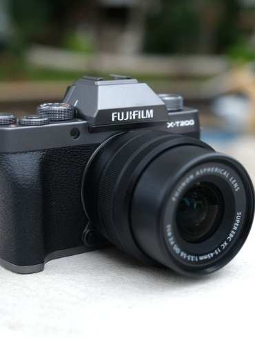 Nikon Z50 Creator Kit: Paket Murah Nikon Z50 Lengkap dengan Mic Rode dan Joby GorillaPod 29 Kamera Mirrorless
