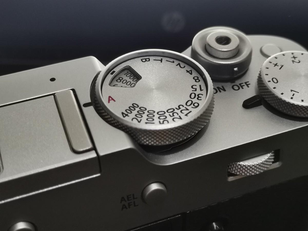 fujifilm X100V top